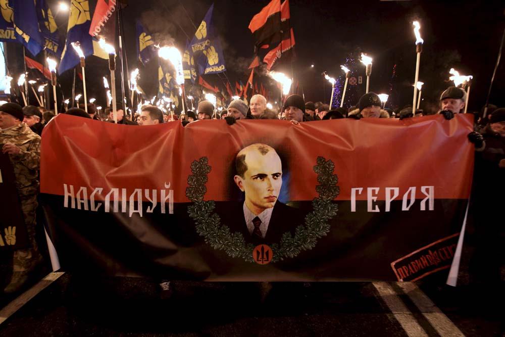 Факельные шествия к 109-й годовщине со дня рождения Бандеры пройдут в 20 регионах Украины, - замглавы МВД Яровой - Цензор.НЕТ 9939