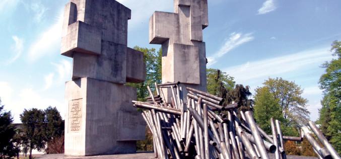 Pomniki nawolności