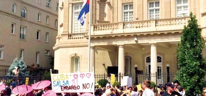 Cuba – si, Yanquis – tambien*