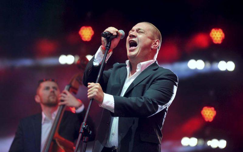 Jestem poprostu śpiewającym facetem