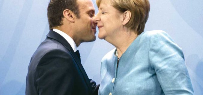 Macron: Więcej wizji, mniej śrubokrętów