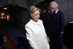 Hillary poprzejściach