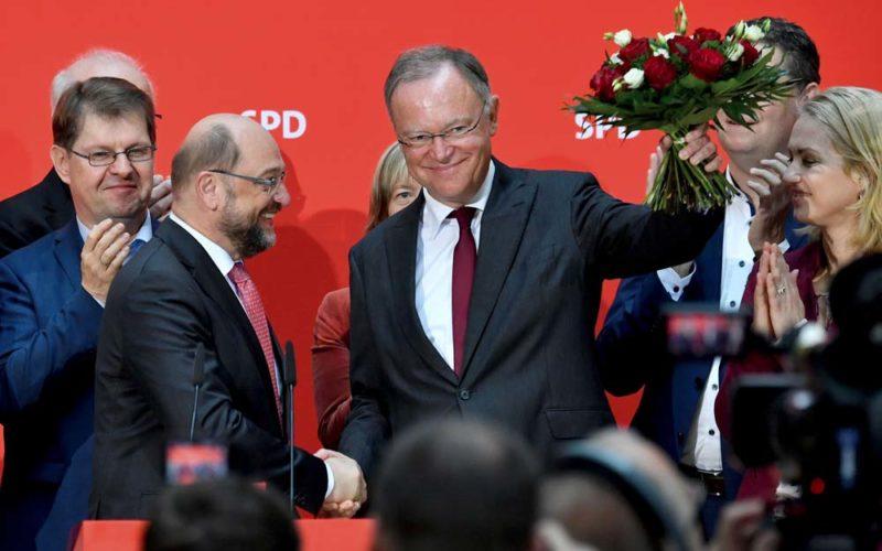 Pierwsza jaskółka dla Schulza