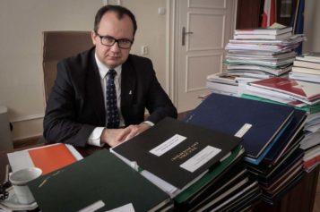 Trybunał Konstytucyjny usuwa Bodnara