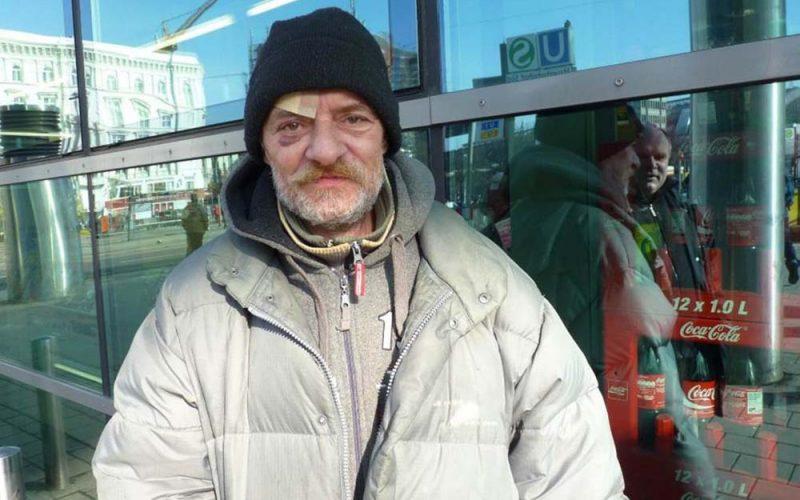 Polscy bezdomni naulicach Hamburga