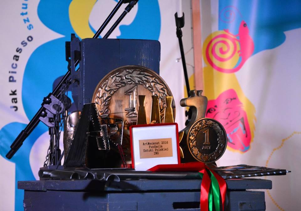 Interdyscyplinarny Festiwal Sztuk wŻyrardowie - jedna znagród