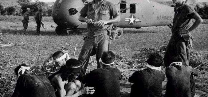 John McCain – sfabrykowany bohater