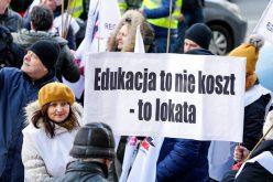 """Problem poważniejszy niż """"1000 zł namiesiąc"""""""