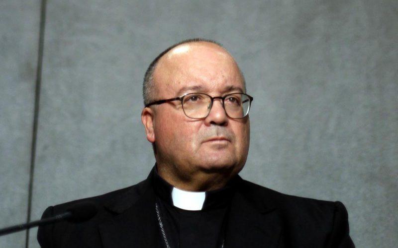 Arcybiskup sprzeczności