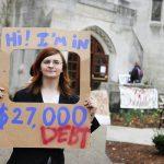 Studenci zadłużeni nawieczność
