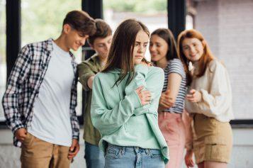 Dlaczego młodzi niechcą żyć?