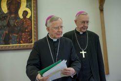 Powściągliwość biskupów, szaleństwo władzy