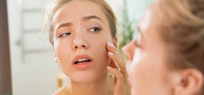 Dwuetapowe nawilżanie twarzy – poznaj sprawdzone sposoby nasuchą skórę
