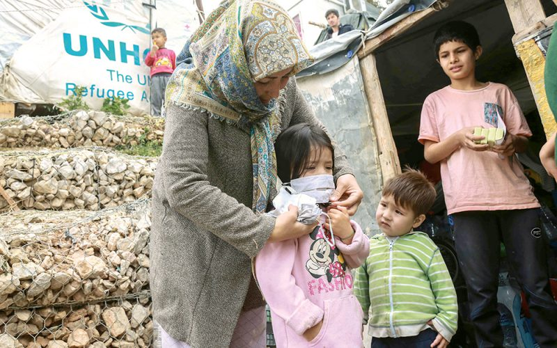 Uchodźcy bezbronni wobec epidemii