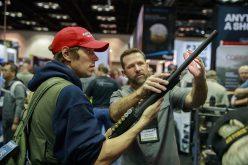 Amerykanie zbroją się napotęgę