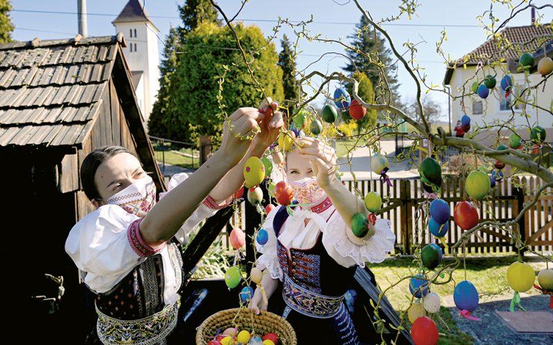 Słowacy toprymusi wwalce zkoronawirusem