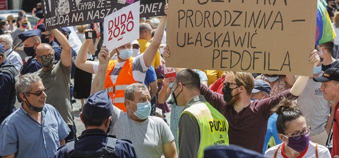 Polska murem podzielona