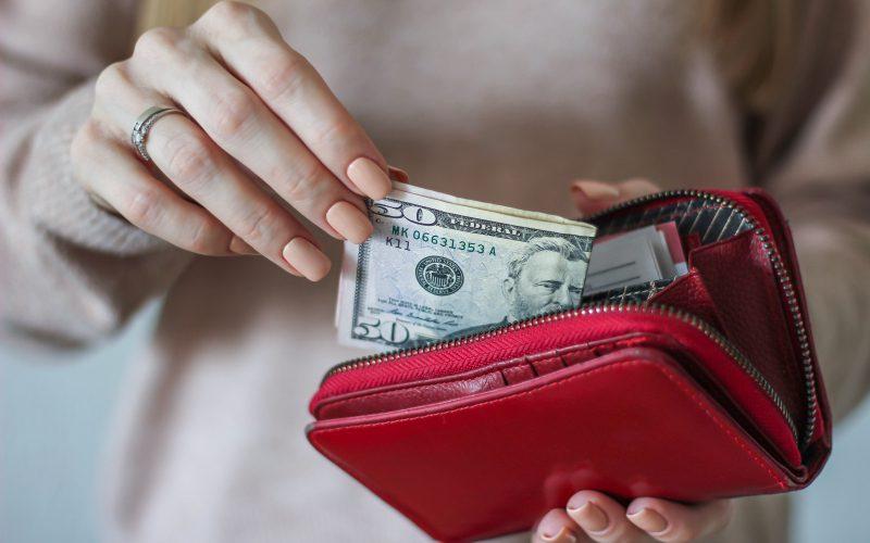 Zalety pożyczek pozabankowych, czyli dlaczego warto znich korzystać?