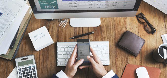 Wsparcie finansowe dla firm – kiedy warto poniesięgnąć?