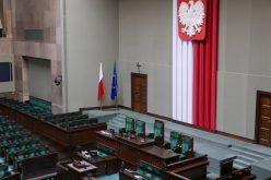 Fundusz Odbudowy musi poprzeć 307 posłów