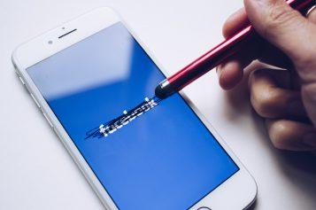 Facebook ma kłopoty. Tym razem zbezpieczeństwem…