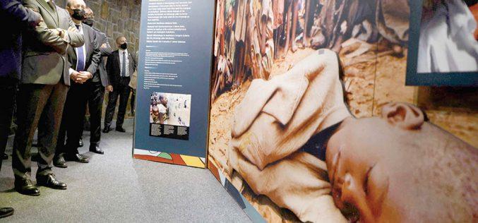 Paryż ślepy namasakrę Tutsi