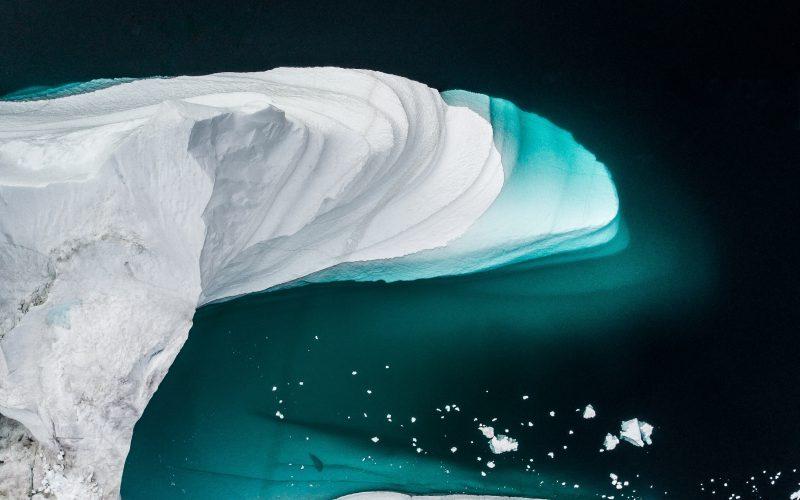 Poraz pierwszy whistorii naszczyt lodowca wGrenlandii spadł deszcz