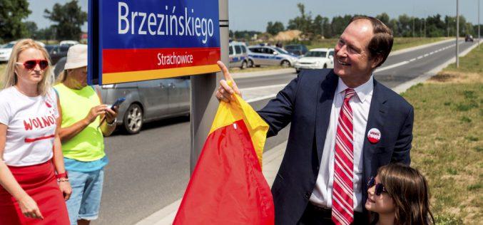 Mark Brzeziński – co może ambasador?