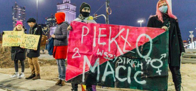 Mija rok odzakazu aborcji wPolsce. Kobiety znów wyszły naulice