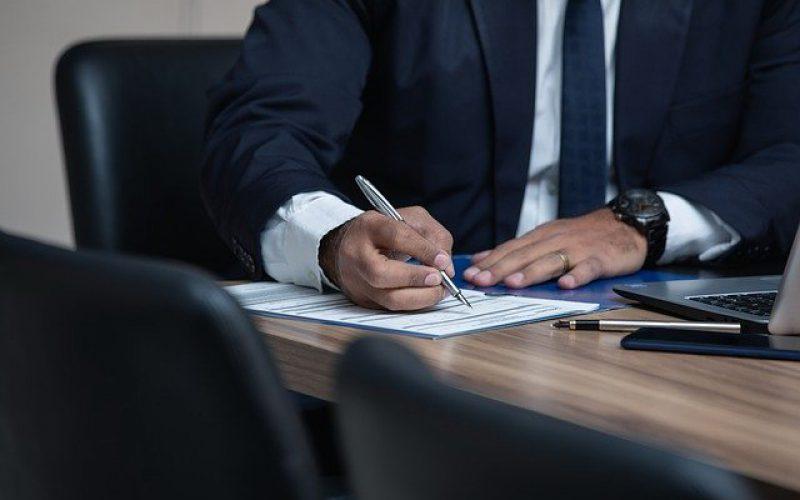 Umowa deweloperska – prawnik izakres jego pomocy
